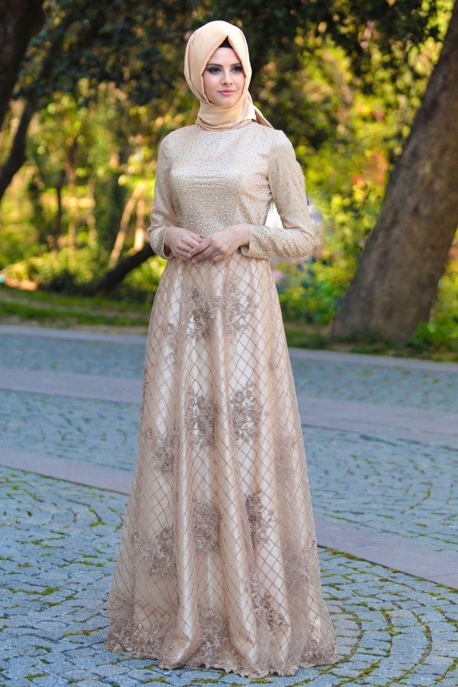 Tesetturlu Abiye Elbiseler Tesetturlu Abiye Elbise Uzeri Tas Detayli Ekru Tesettur Abiye Elbise 4394e Muslimah Dress Fashion Clothes For Women