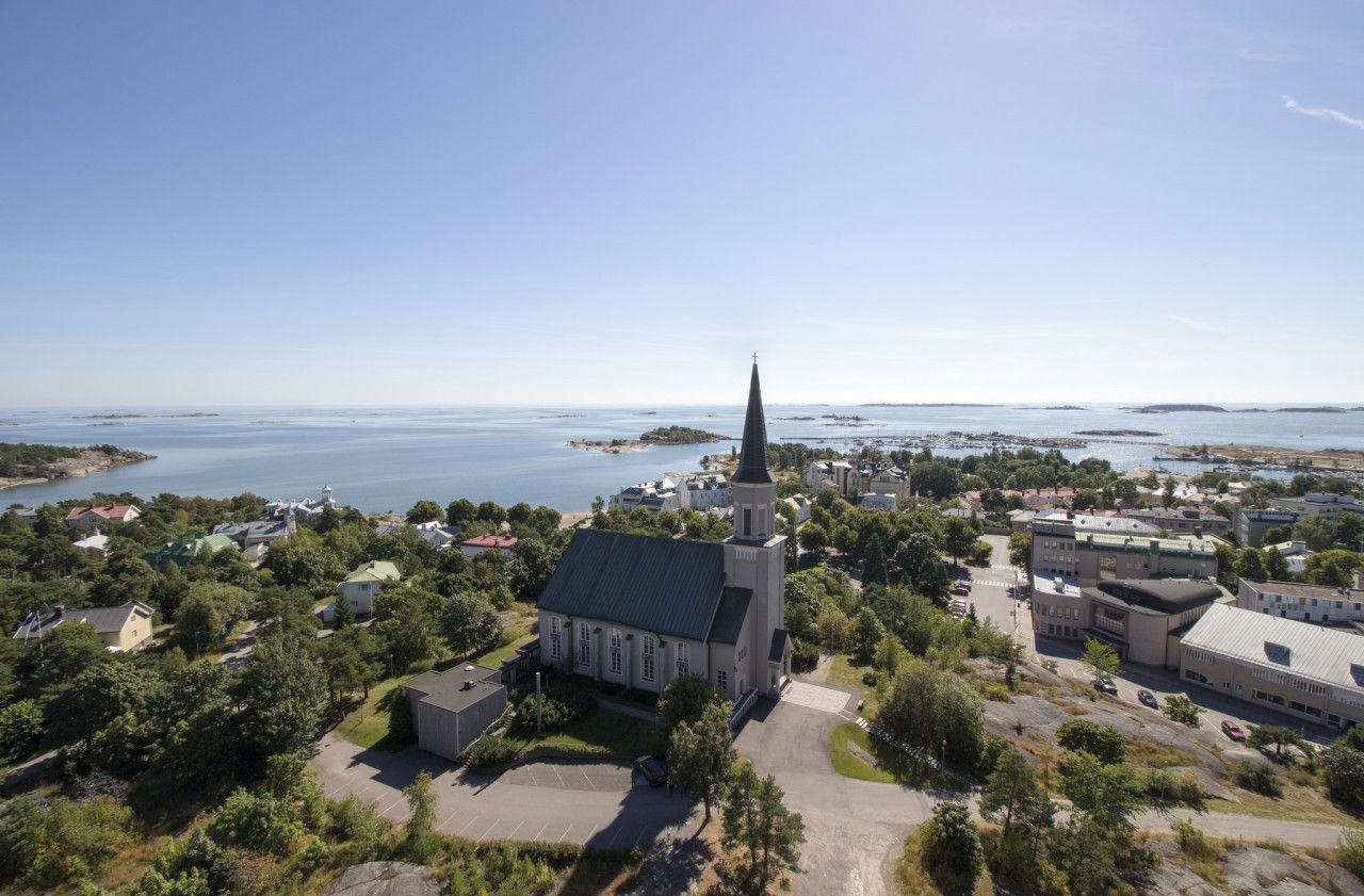 Hanko Finland,  kirkko ja meri