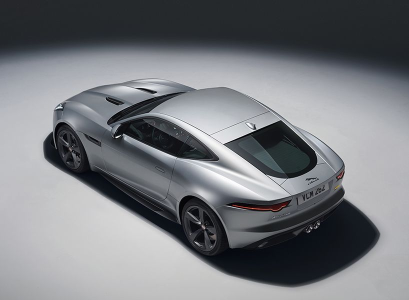 Jaguar F Type Sports Car Debuts With World First Gopro Technology