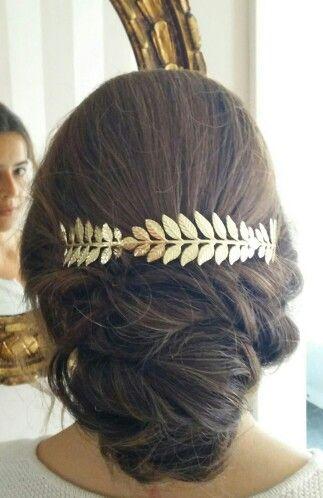 Peinado, recogido con diadema Boda,invitada,ceremonia,diy Recogido