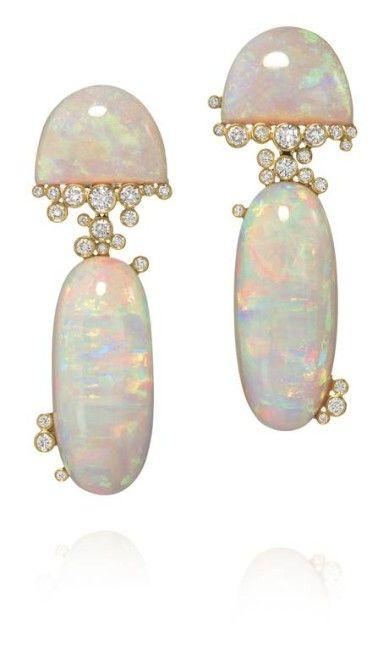 7a045c66202 Brilho furta-cor  opala branca é a pedra da vez nas joalherias ...
