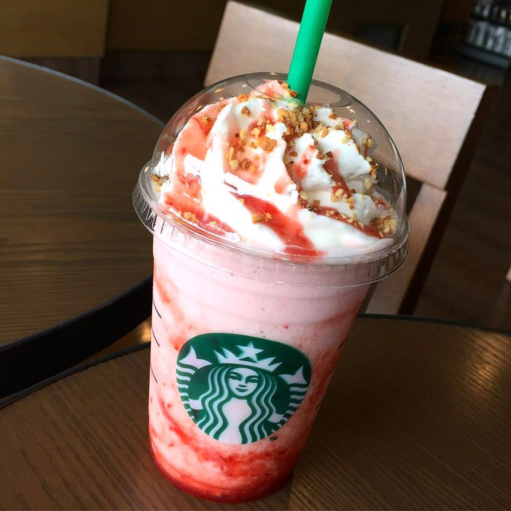 Starbucks' New Dark Night Frappuccino Is Filled With Brownies for Halloween #starbucksfrappuccino
