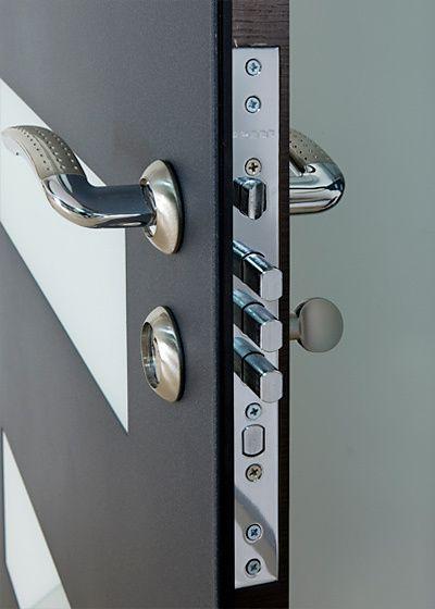Exterior Door Milano 14w Sidelight Photo Modern Exterior Doors Doors Exterior Doors