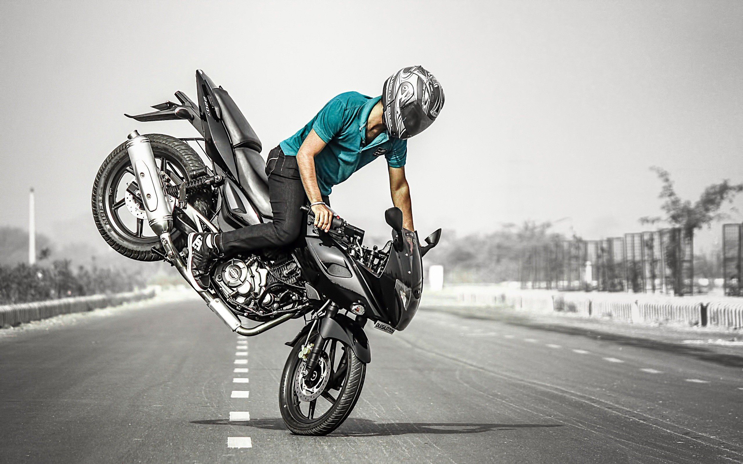 awesome bike stunts wallpapers epic car wallpapers pinterest