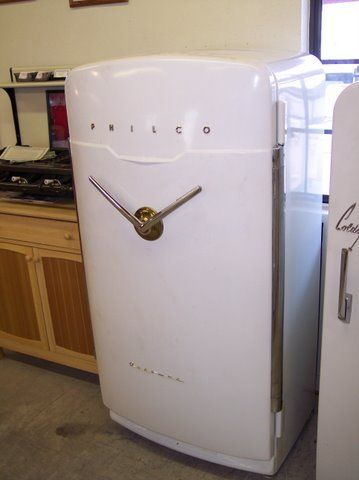 Only Made For A Few Years Quite Possibly The Most Unique Refrigerator Of The 1950 S The Philco V Ha Vintage Refrigerator Vintage Appliances Retro Appliances