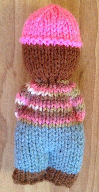 Sympathique petit personnage à tricoter. Free pattern