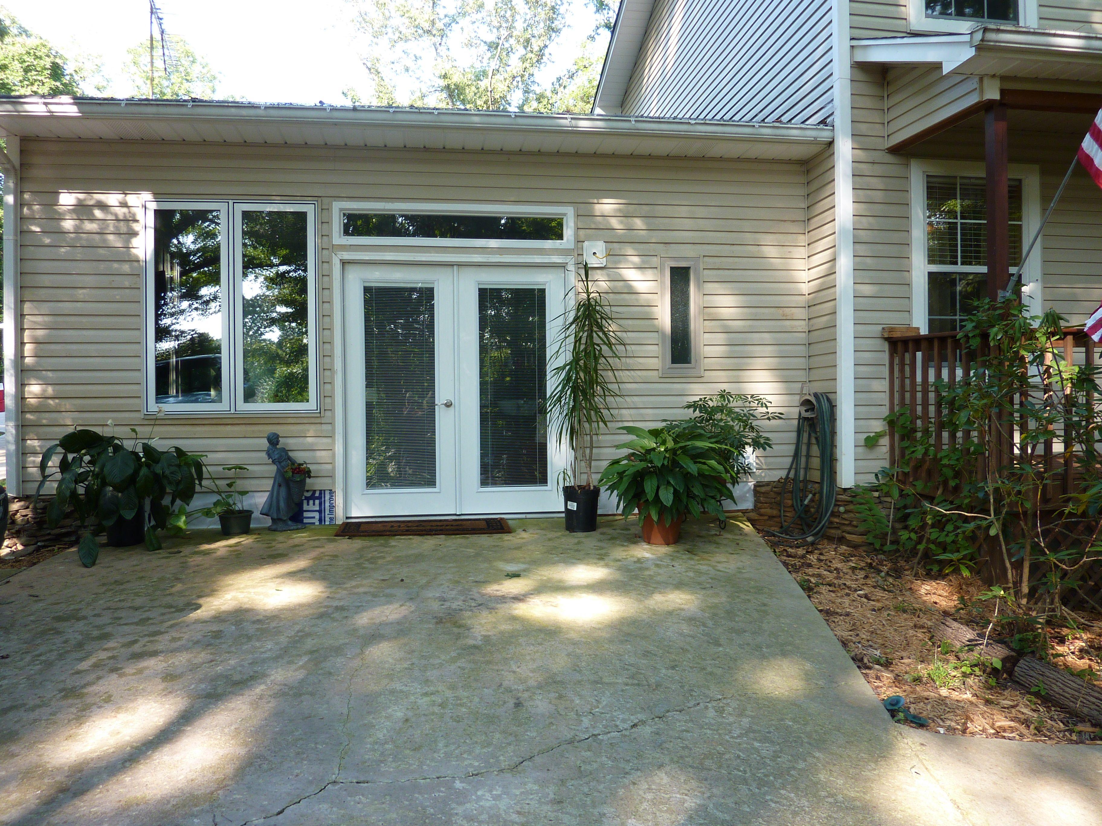 Attached garage after salon conversion. | DIY | Pinterest ...