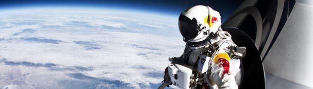 Skydiver Jumps Into Stratosphere 24 Miles Over New Mexico Pool Photos Social Media Marketing Campaign Felix Baumgartner