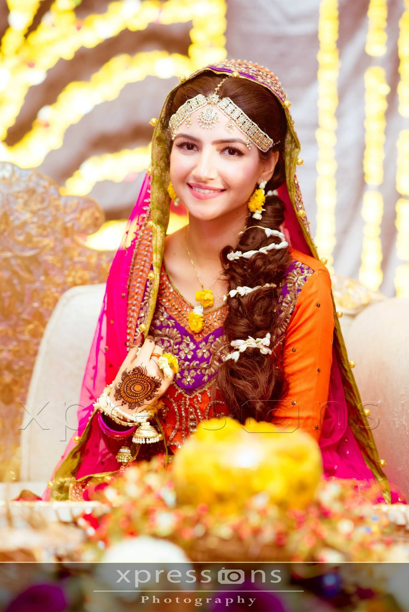 Pin On Wedding Photography Of Mehndi Brides