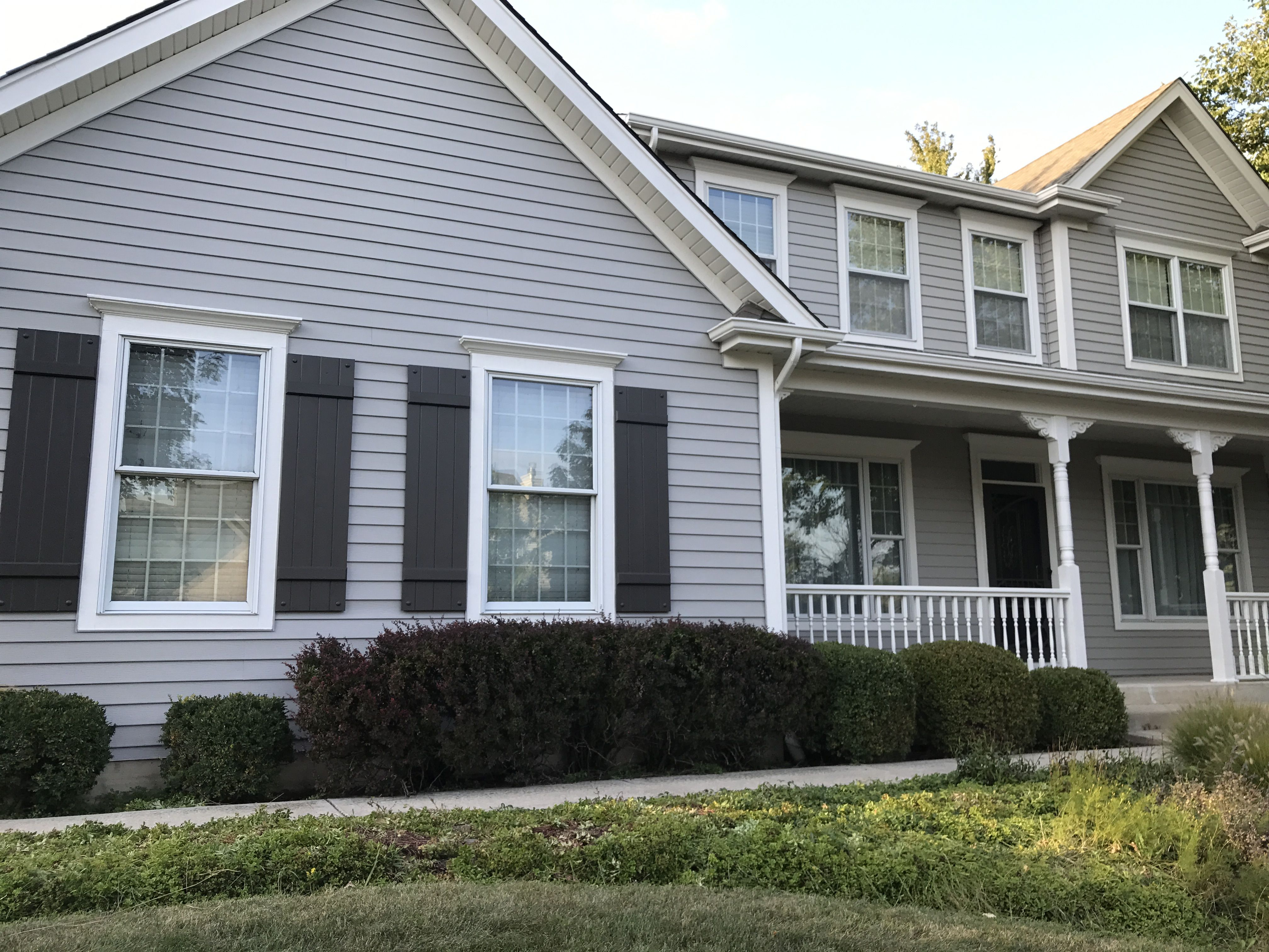Door And Shutters Sw Black Fox 7020 Siding Sw Dorian Gray 7017 Trim Sw Pearly White Home Exterior Makeover Gray House Exterior Grey Exterior