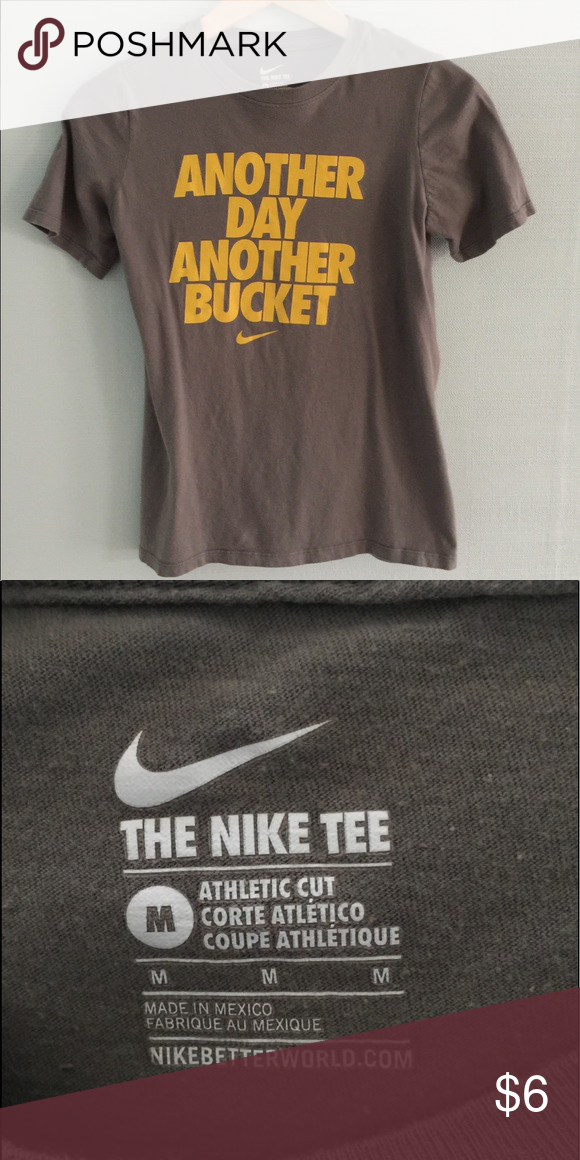 c60bc9f8 Boys Size Medium Nike Short Sleeve Tee Grayish Brown color Good Preowned  Condition shows some normal