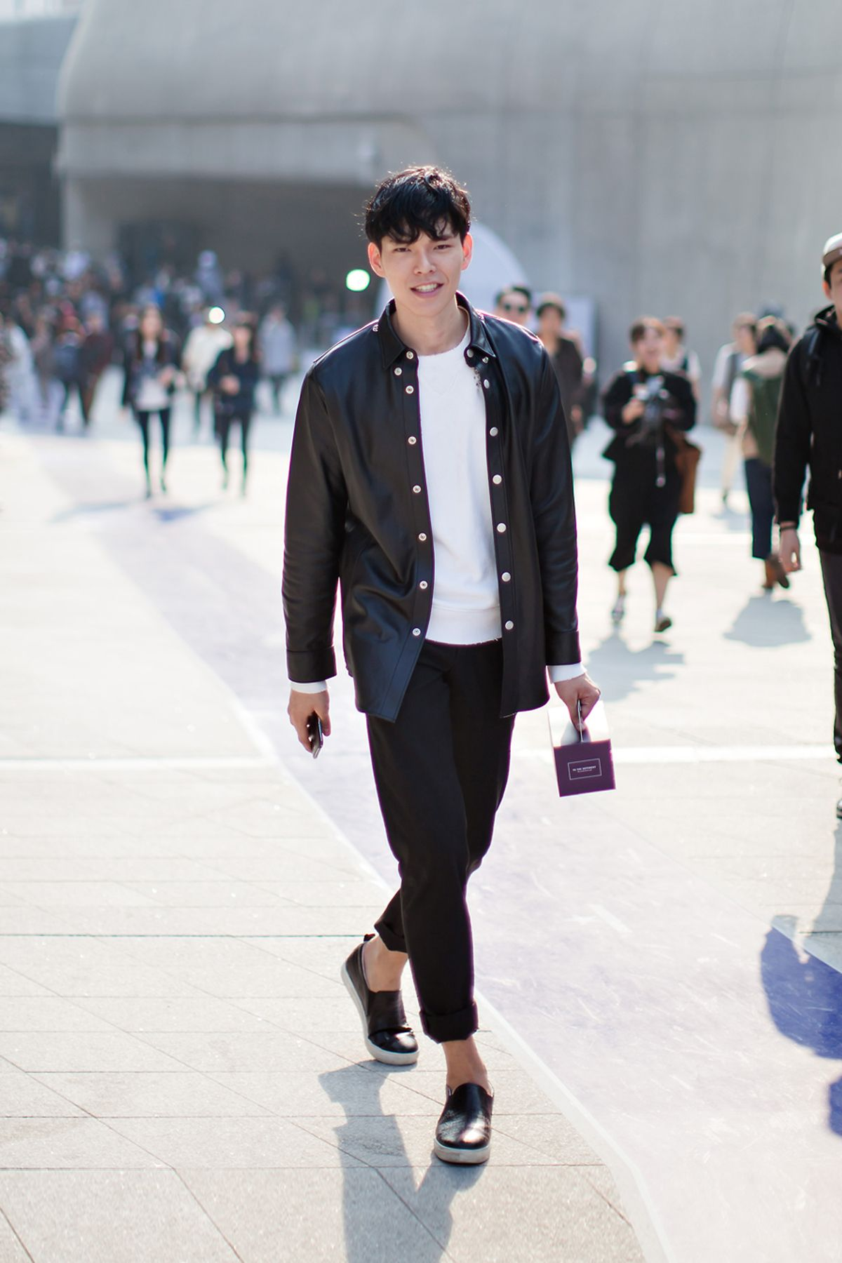 On The Street Han Seungsoo Seoul Fashion Week 2016 S S Street Menstyle Pinterest Seoul