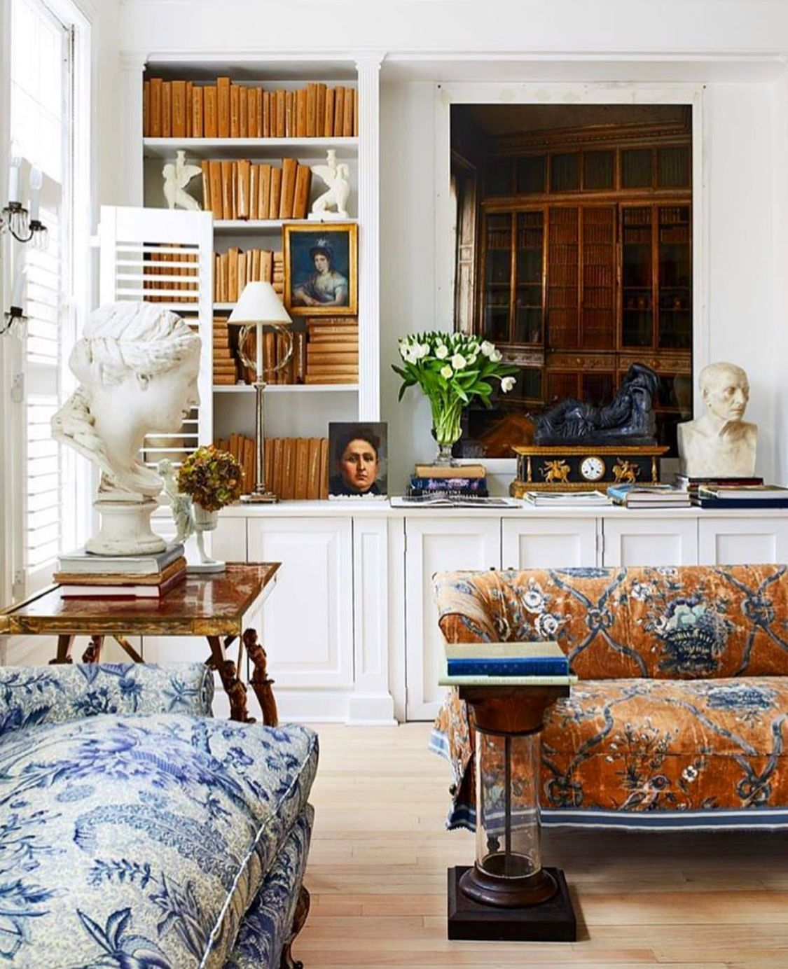 Beautiful Living Rooms: Pin By Tacha Ortega On Charming Chintz Chairs (And Sofas