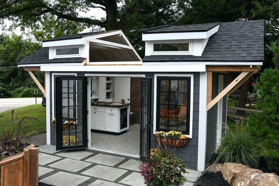 Free Building Plans For A 10x10 Shed A Woodwork Joint That Can Be Used In A Box Construction Shed Design Backyard Guest Houses Backyard Storage Sheds