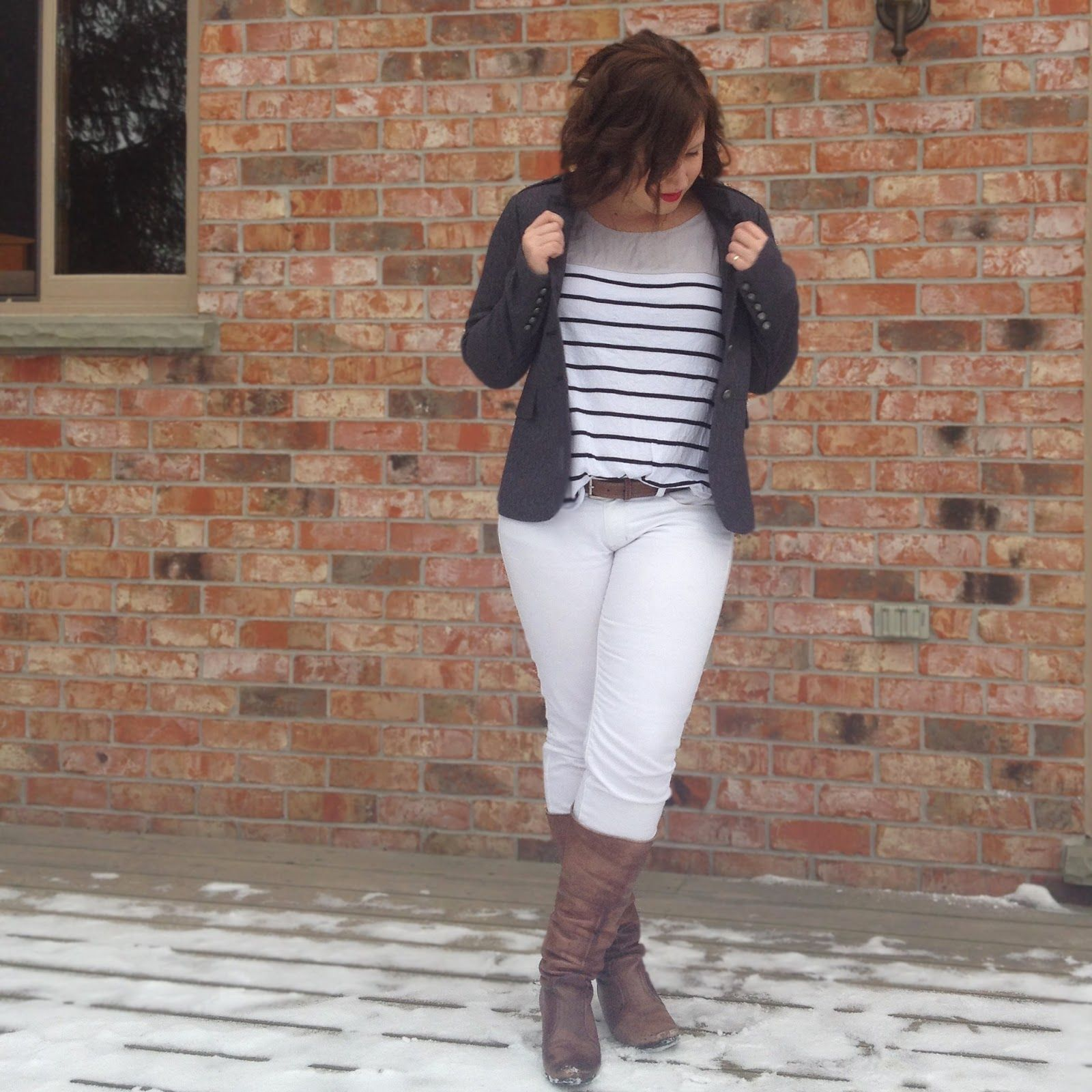 #winterwhite styling for #thriftstylethursday ft #AmericanEagle jeans, #OlsenEurope top, and #SmartSet blazer.