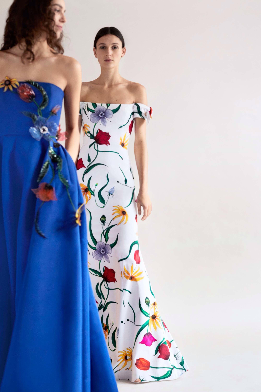 Carolina Herrera Pre-Fall 2018 Fashion Show   Style   Pinterest 8fe49a6950