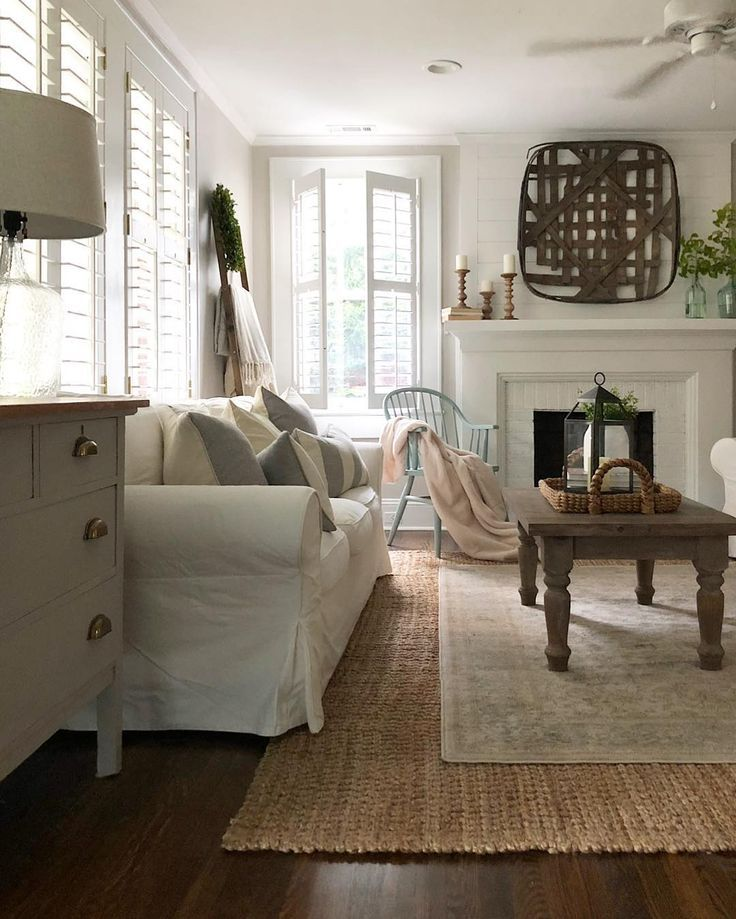 Rooms: A Beautiful, Relaxing Living Room In White And Natural