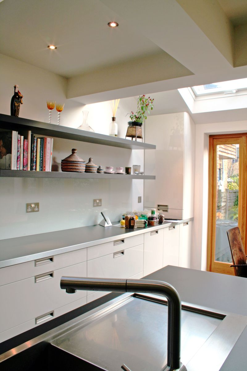 A Sleek Modern Chef's Kitchen In This Extension Of A Victorian Endearing Chef Kitchen Design Decorating Inspiration