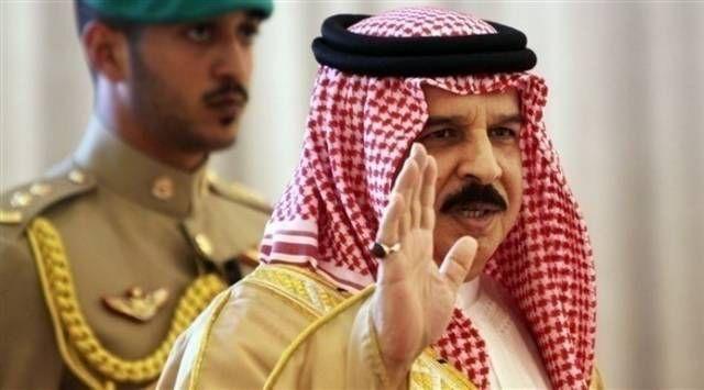 العاهل البحريني على قطر العودة للعروبة مباشر أكد العاهل البحريني حمد بن عيسى آل خليفة أن طرد قطر من مجلس التع شركة عربية اون لاين 2