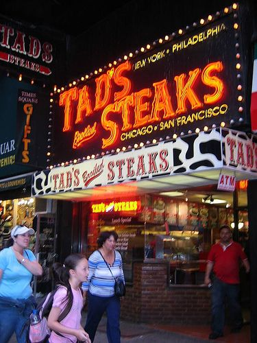 Tad S Steaks Steak Restaurant New York Ny 10019 Restaurant New York New York Pictures Nyc Times Square