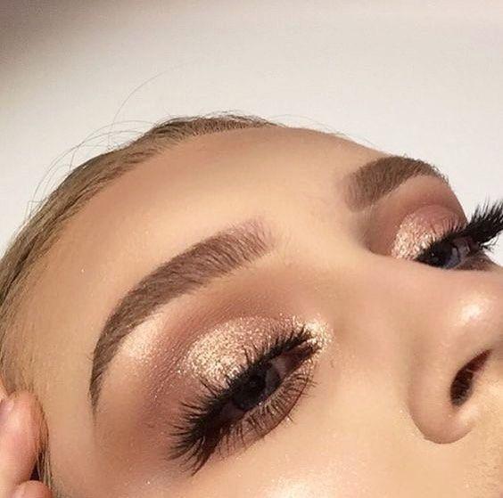 Photo of Glittery Smokey Eye Makeup  #prommakeup 10 Stunning Smokey Eye Makeup Looks