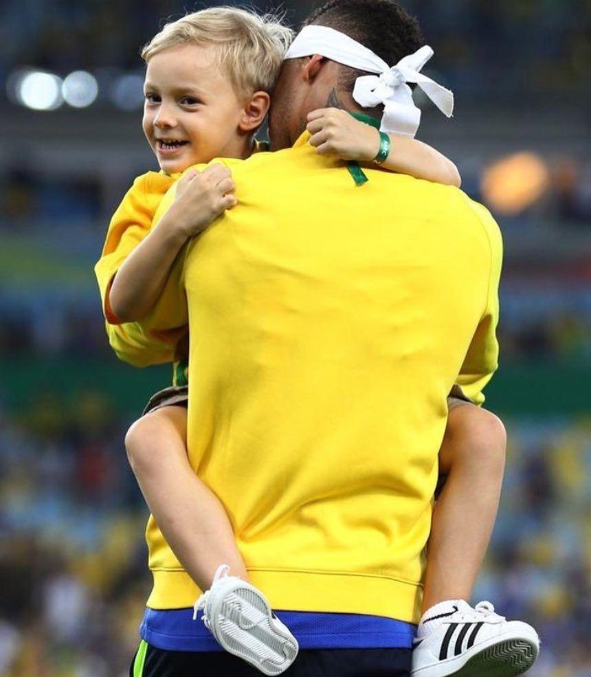 Lovely Kid And Neymar Rio Tokyo2020 Football Rio2016 Messi