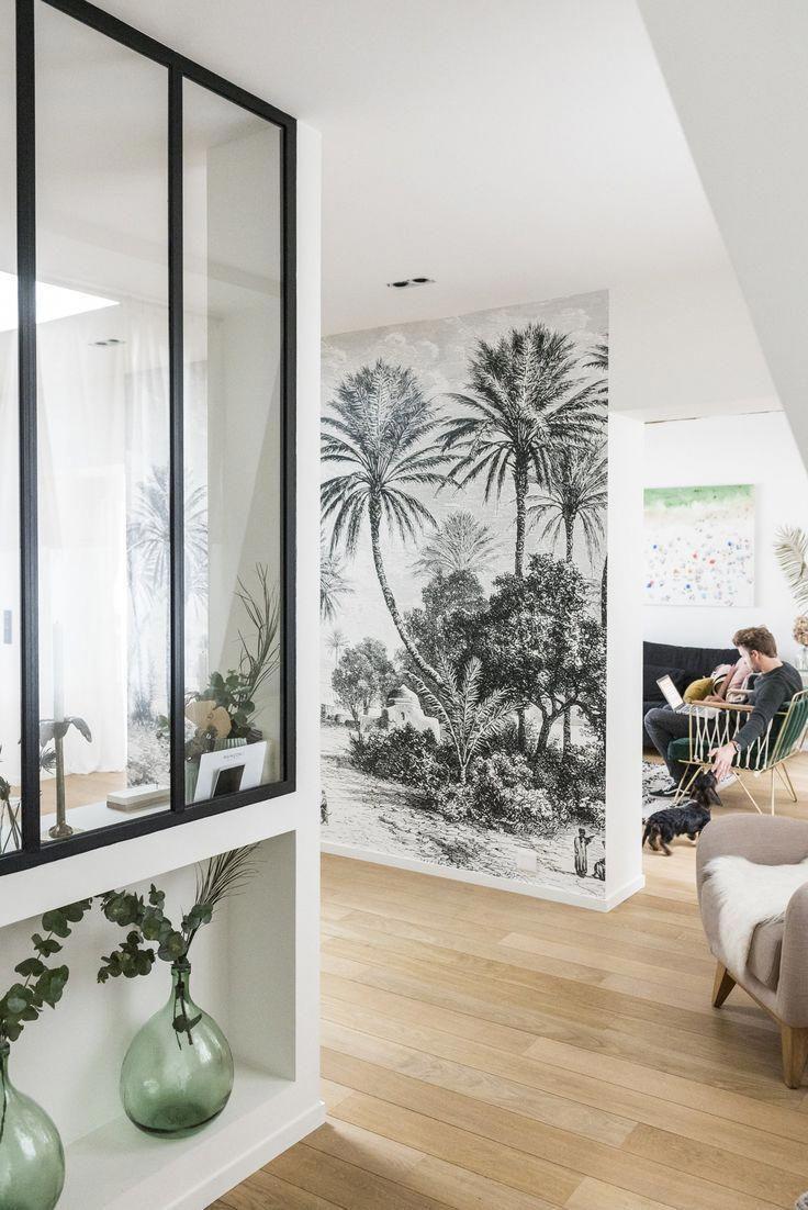papier peint verri re avec baguettes et moiti mur. Black Bedroom Furniture Sets. Home Design Ideas