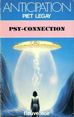 UFO: Psy-Connection - Art by Peter Elson