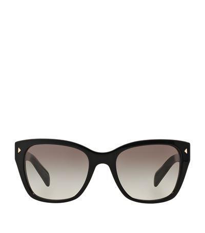 PRADA Square Sunglasses. #prada #