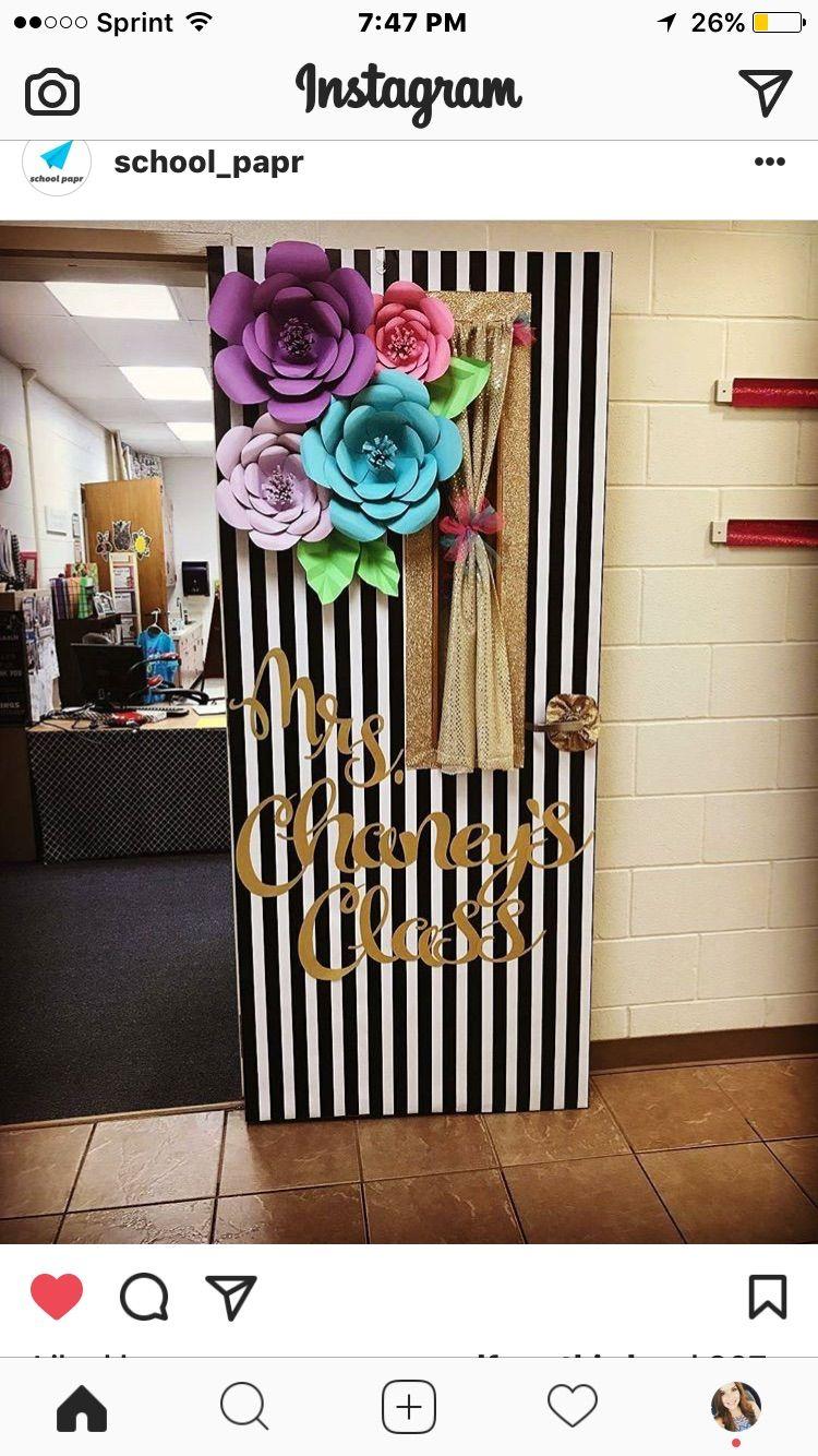 I Need This In My Life School Doors Door Decorations Classroom Classroom Door