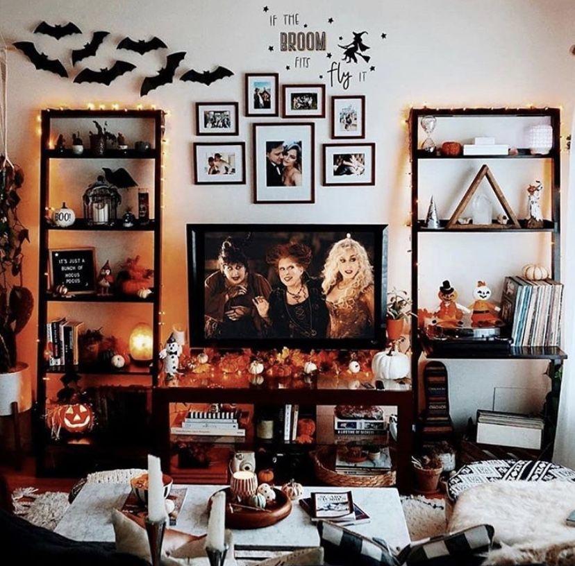 Pin By Cj On Halloween And Autumn Halloween Room Decor Halloween Living Room Halloween Bedroom Decor