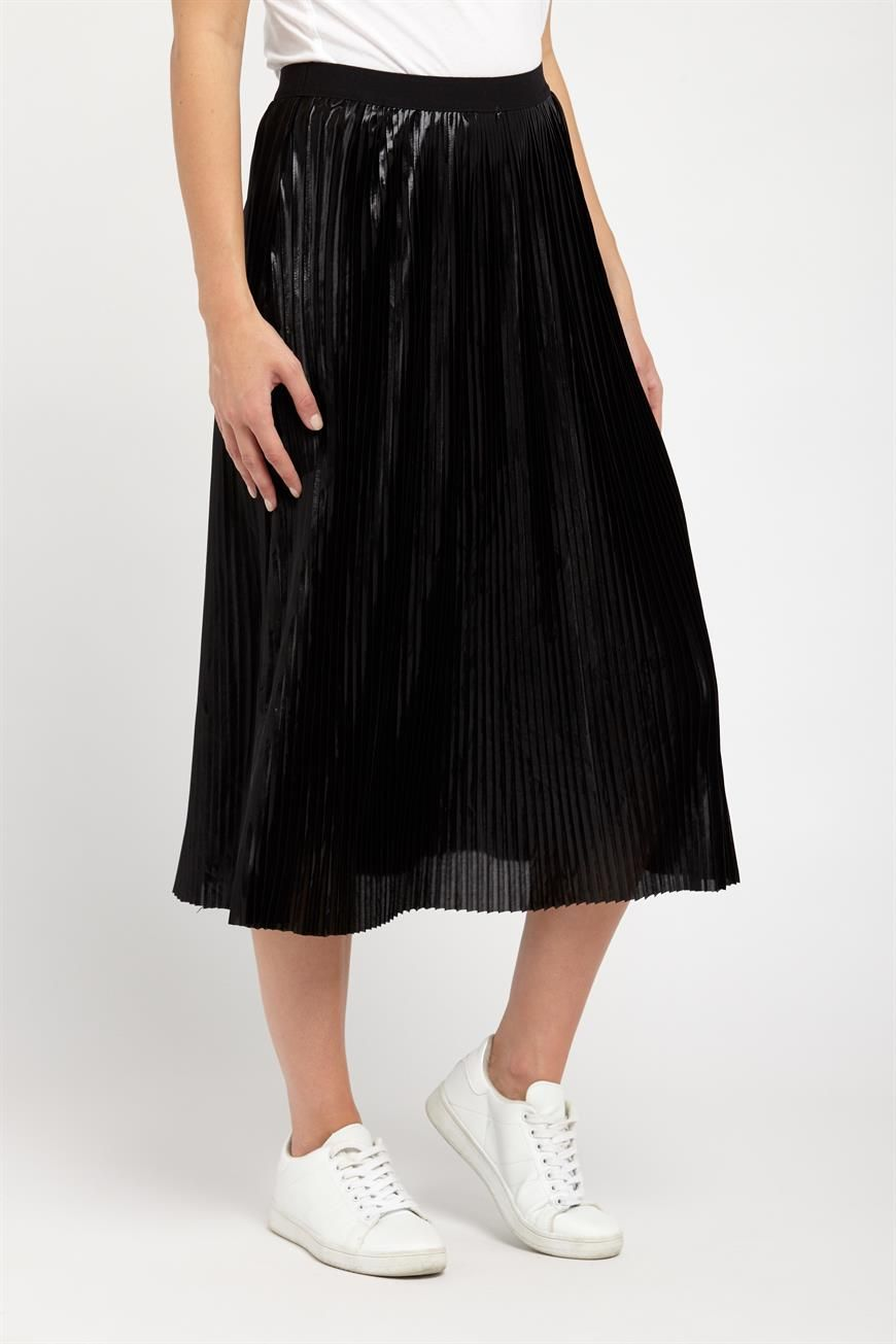 Factorie black foil pleated skirt