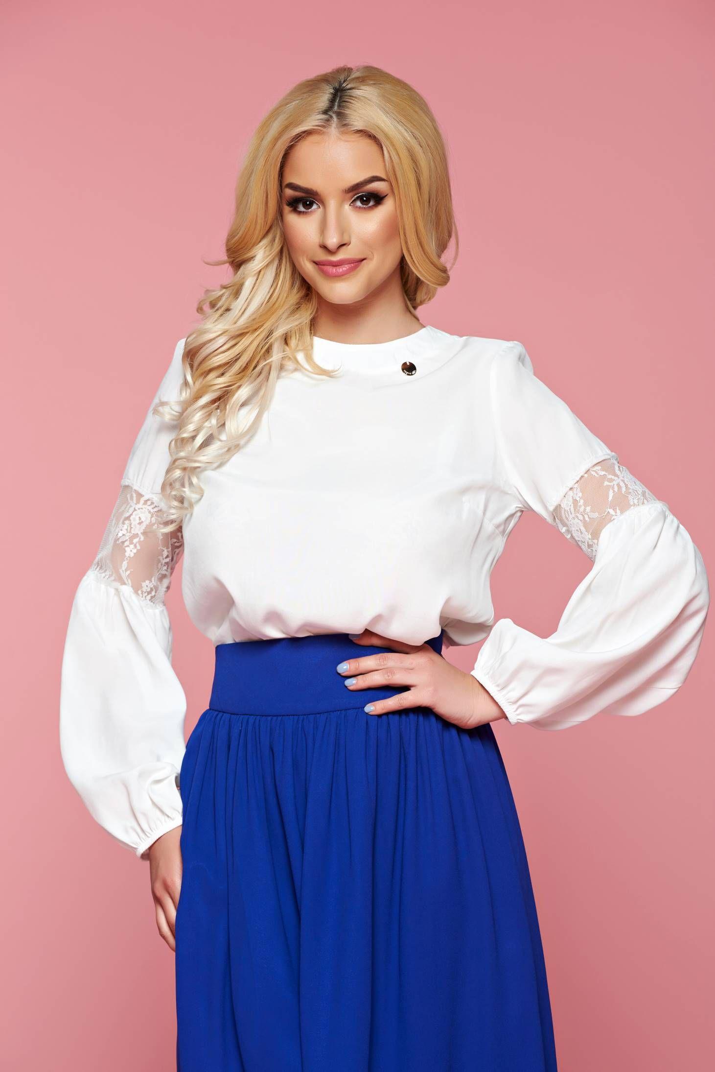 Comanda online, Bluza dama cu maneca lunga PrettyGirl alba cu aplicatii de dantela. Articole masurate, calitate garantata!