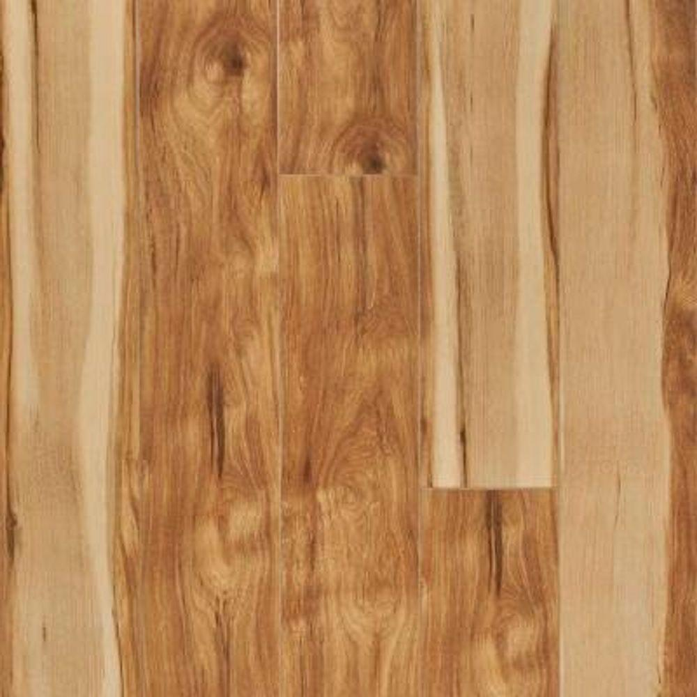 Pergo Xp 10 Mm Country Natural Hickory Laminate Flooring 5 In X 7 In Take Home Sample Pe 735348 The Home Depot Laminate Flooring Oak Laminate Flooring Installing Laminate Flooring