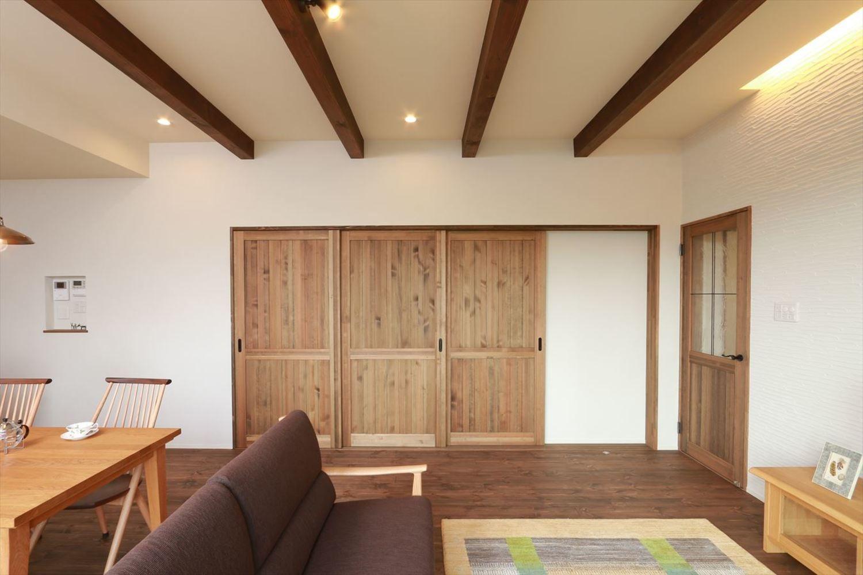 玄関ドア 室内ドア 建具事例集 室内ドア 木製室内ドア リビング
