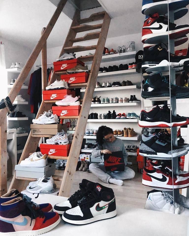 Sneakerhead closet, Sneaker closet
