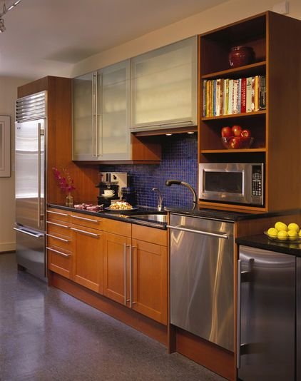 Raised Dishwasher Consider Raising The Dishwasher Off The Floor At Least 12 Inches To Give Those In Chairs Easie Kitchen Design Home Kitchens Kitchen Remodel