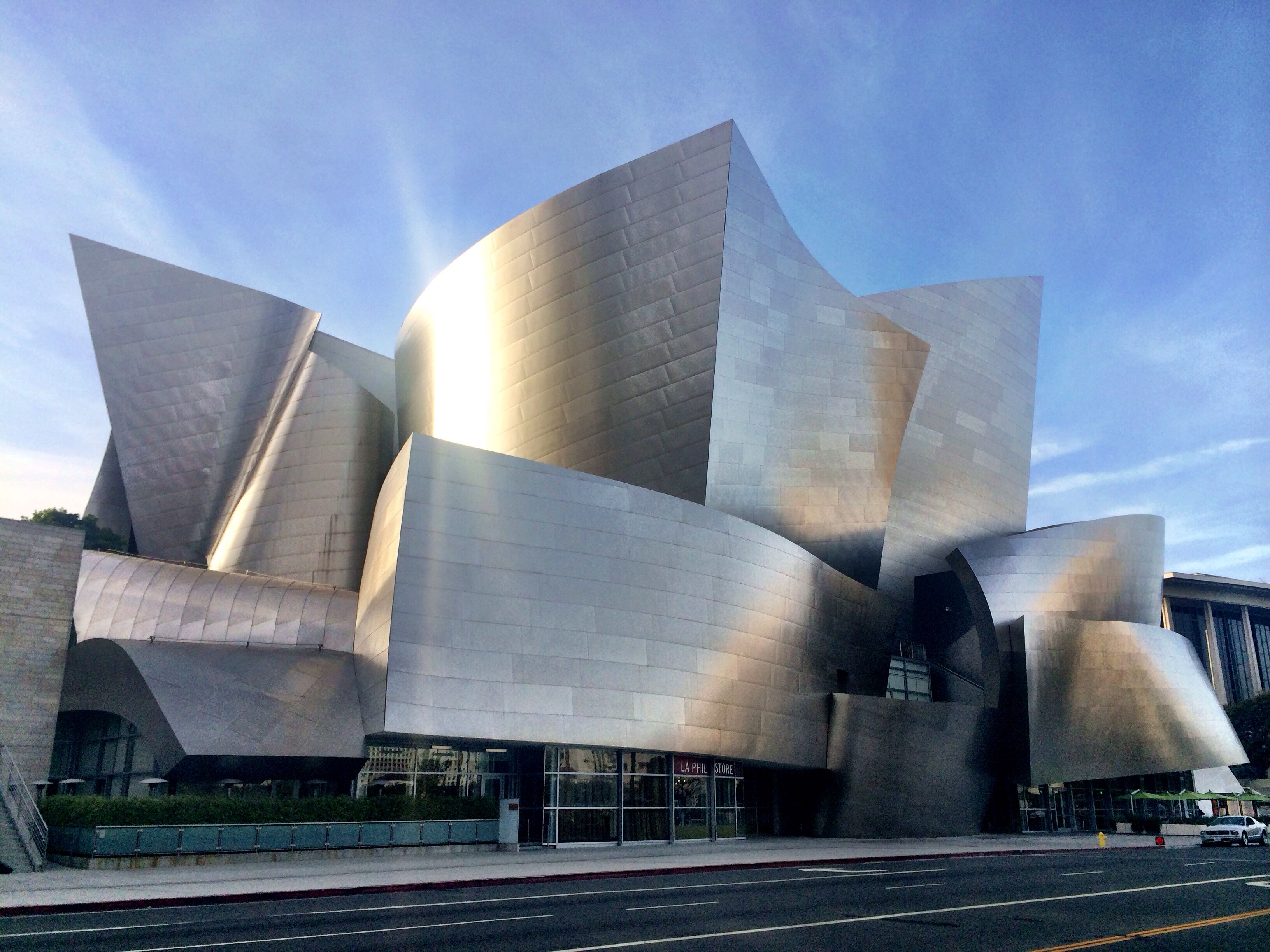 Frank Gehry Designed Walt Disney Music Hall Walt Disney Concert Hall Concert Hall City Of Angels