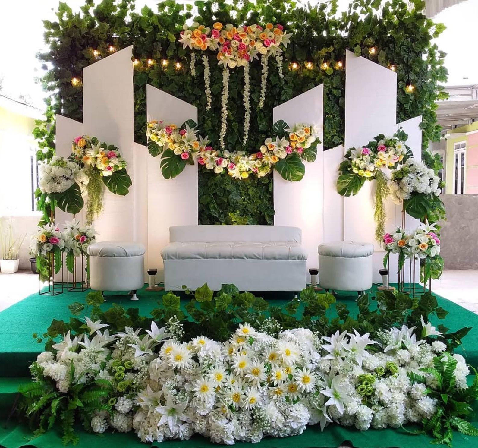 Dekorasi Pelaminan Pengantin Dalam Pesta Pernikahan Dekorasi Resepsi Pernikahan Tempat Pernikahan Pesta Pernikahan