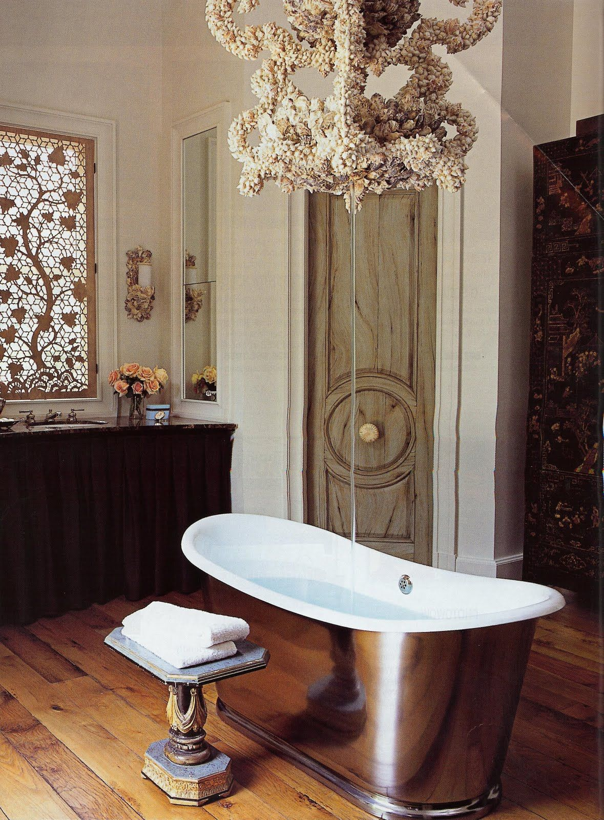 Designers Andrew Fisher and Jeffrey Wiseman centered their tub ...