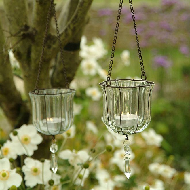 Hanging Teardrop Votive  | How To Style An Outdoor Ceremony #stylinganoutdoorwedding