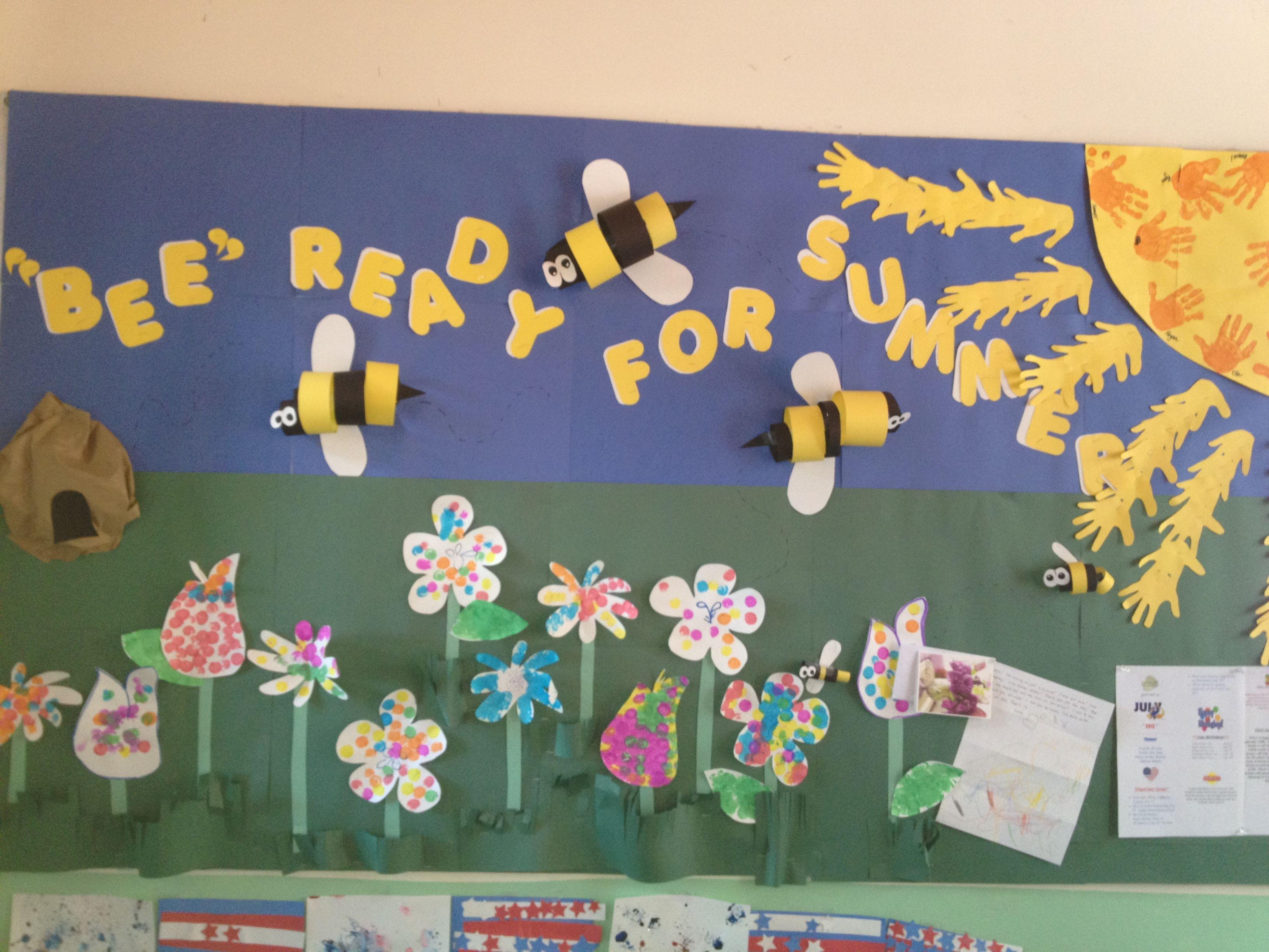 Pin By Eelc Preschool On Bulletin Boards Summer Bulletin Boards Toddler Bulletin Boards School Crafts