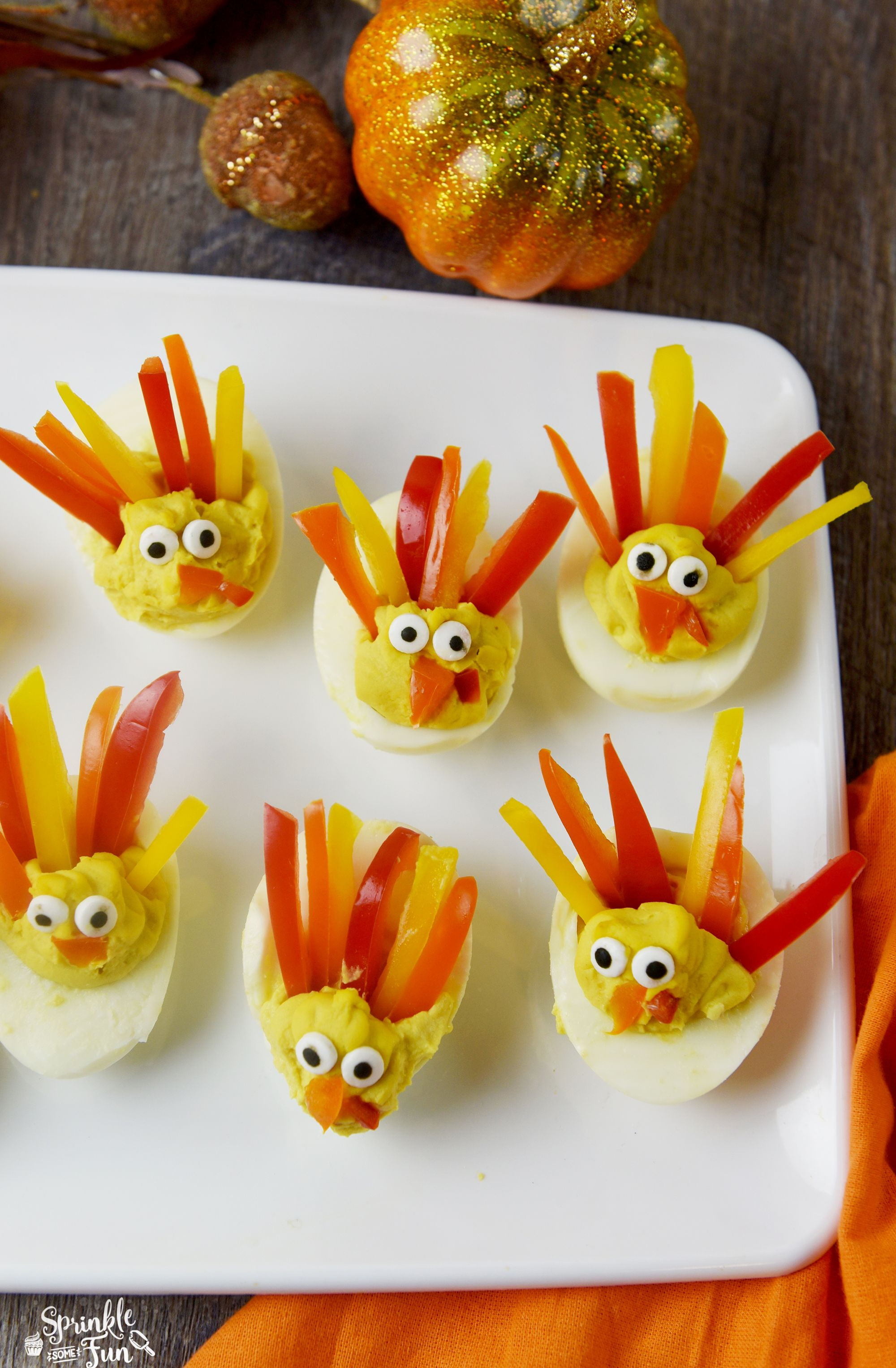 These Deviled Egg Turkeys Are A Cute Way To Dress Up Your Favorite Recipe For An Easy Appetizer Thanksgiving