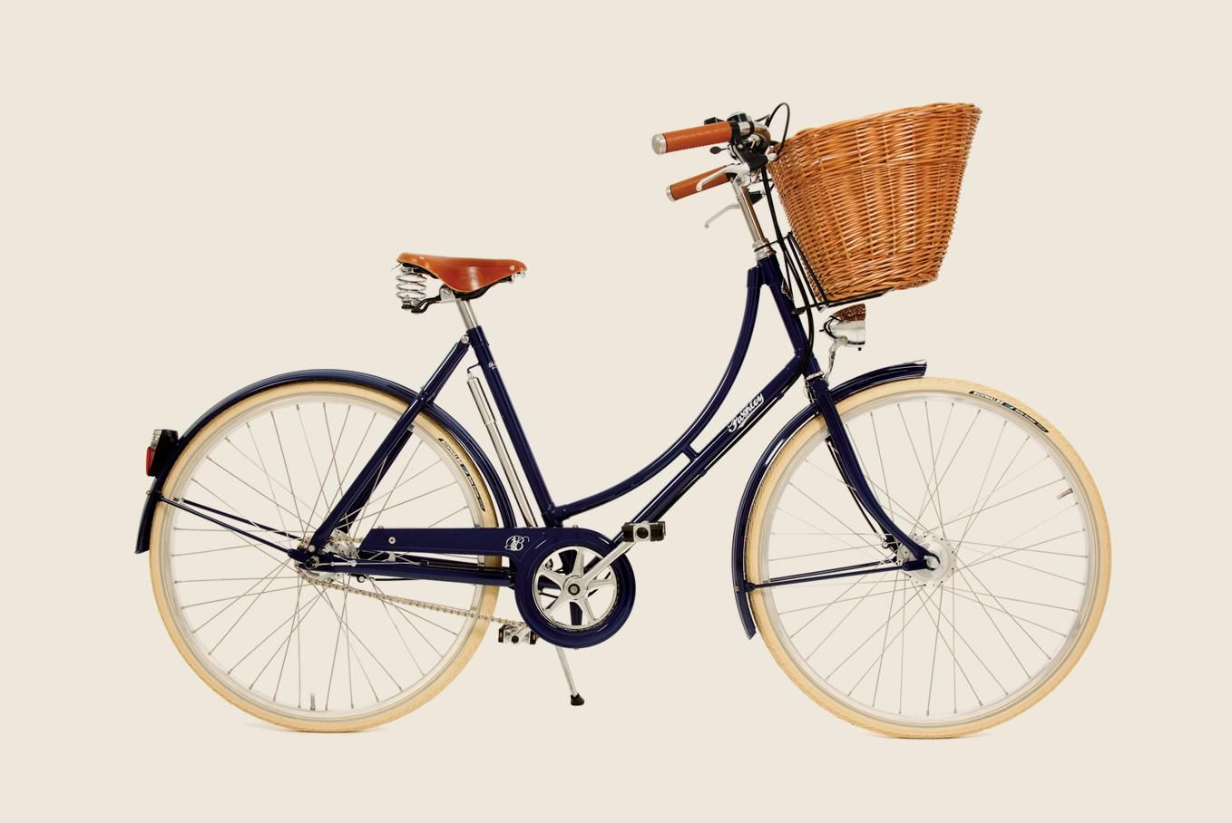 The Pashley Britannia Classic Bike features a traditionally lugged and  brazed hand-built frame and has elegant looks for country rides.