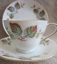 SUTHERLAND hueso CHINA HM taza de porcelana de té TRIO, platillo, hojas de otoño…