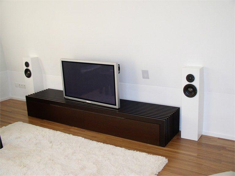 Mobile TV basso in legno Collezione MARRONE by Plan W I Werkstatt ...