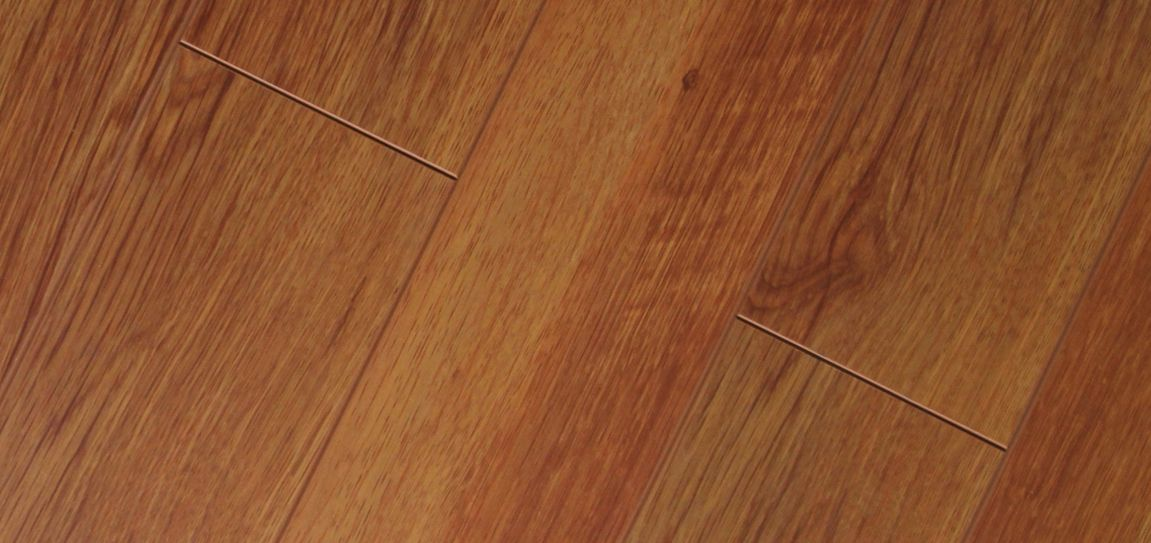 Red Oak Laminate Flooring   Luxury Laminate   Pinterest   Red oak     Red Oak Laminate Flooring