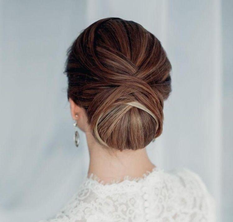 coiffure femme tendance printemps 2015 chignon bas cheveux