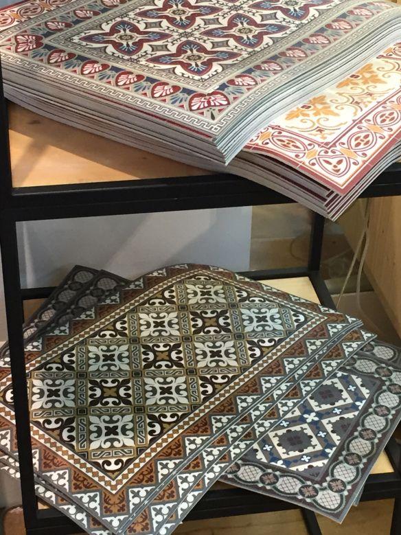 Img 3720 alfombras vinilicas tipo suelo hidraulico o mosaico pinterest alfombras suelos - Alfombras vinilicas floorart ...