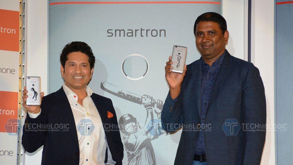 Sachin Tendulkar launches Smartron srt.phone in India